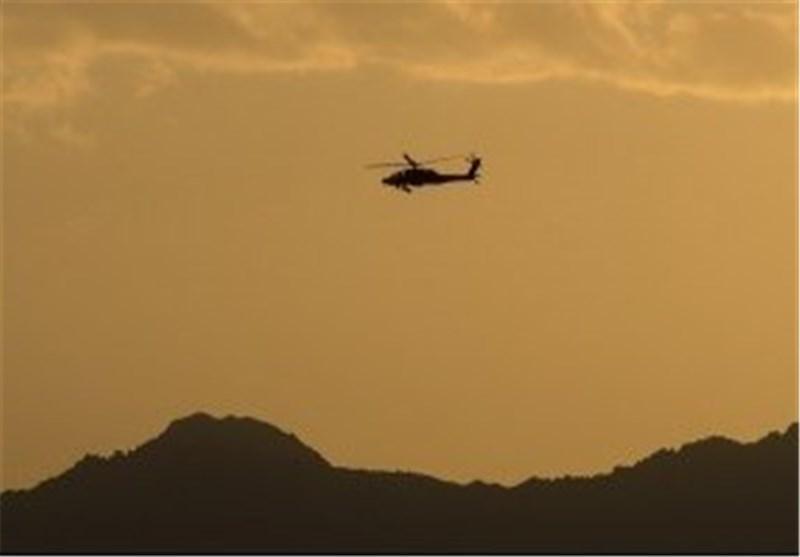 المیادین: احتمالا بالگردهای آمریکایی در حال انتقاد اجساد از عین الاسد هستند